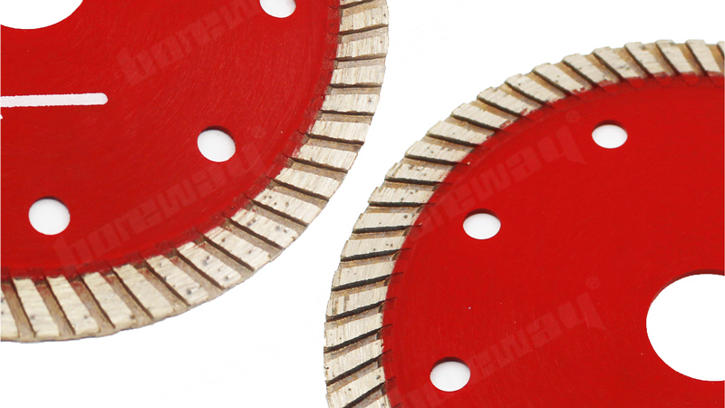 Boreway Profession 105mm Turbo Corrugated Diamond Tile Small Saw Blade